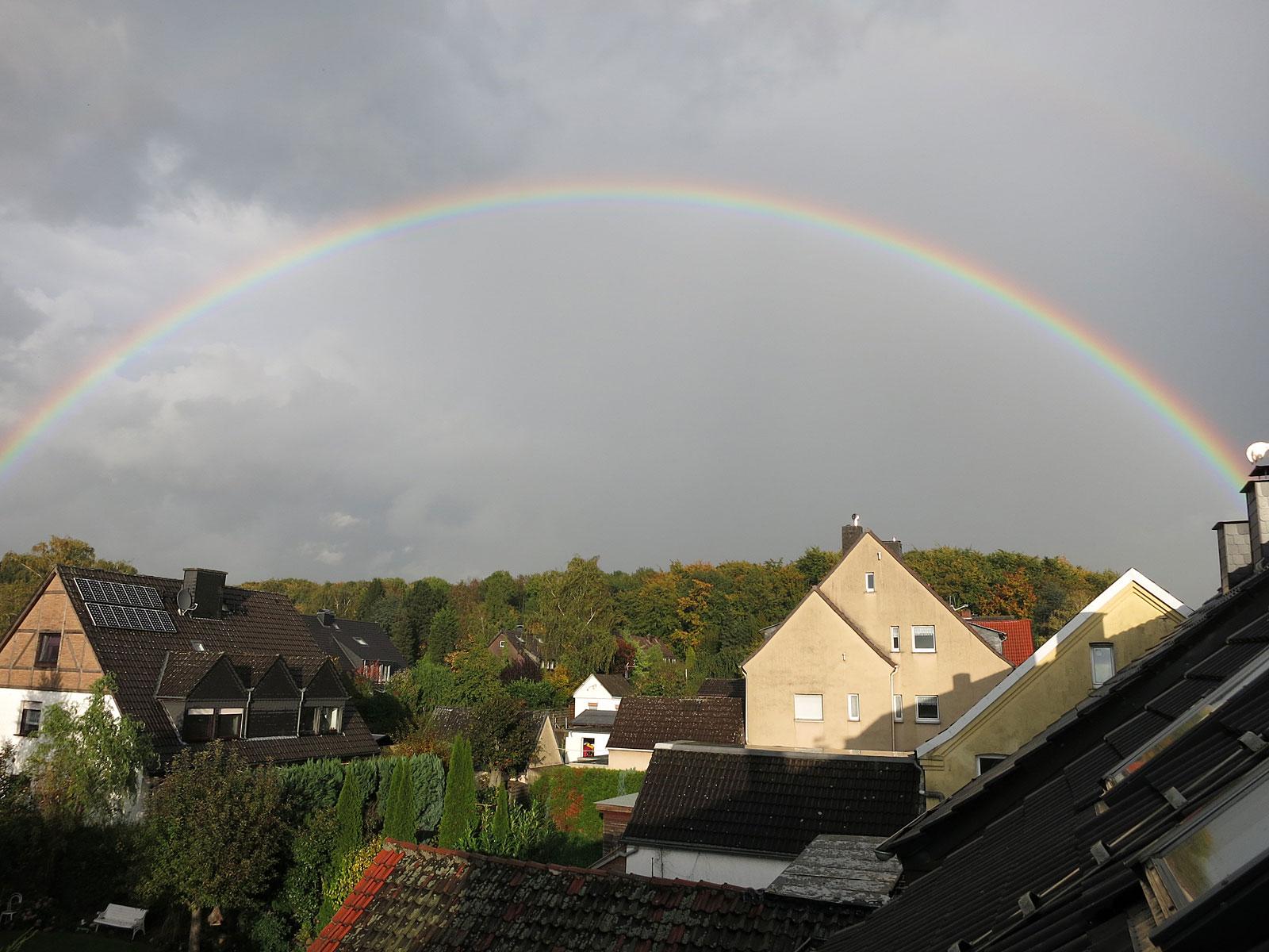 Ein schöner Regenbogen über Dortmund